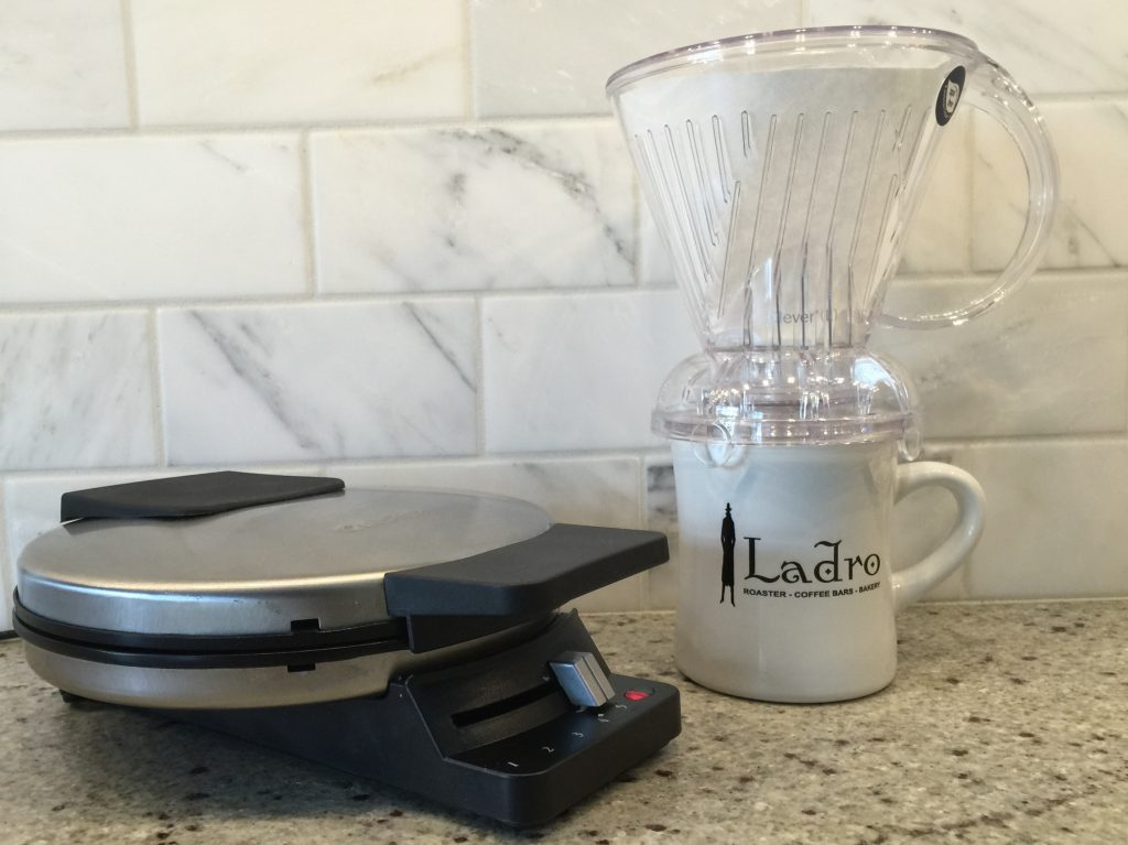 Small Kitchen with Ladro mug, waffle iron and Clever Dripper