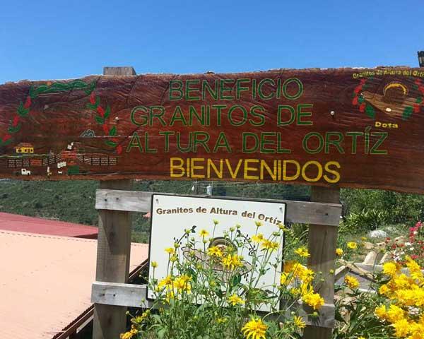 Ortiz Bienvenidos sign