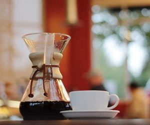Making Home Brewing Easy with a Chemex Brewer